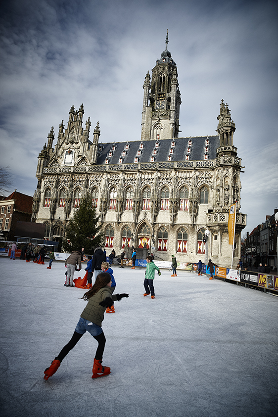 BB_Middelburg-StadhuisSchaatsen